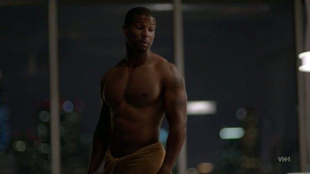 Robert-Christopher-Riley-shirtless-hit-the-floor-610-3